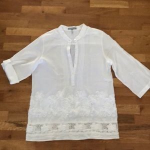 Foxcroft white tunic size M